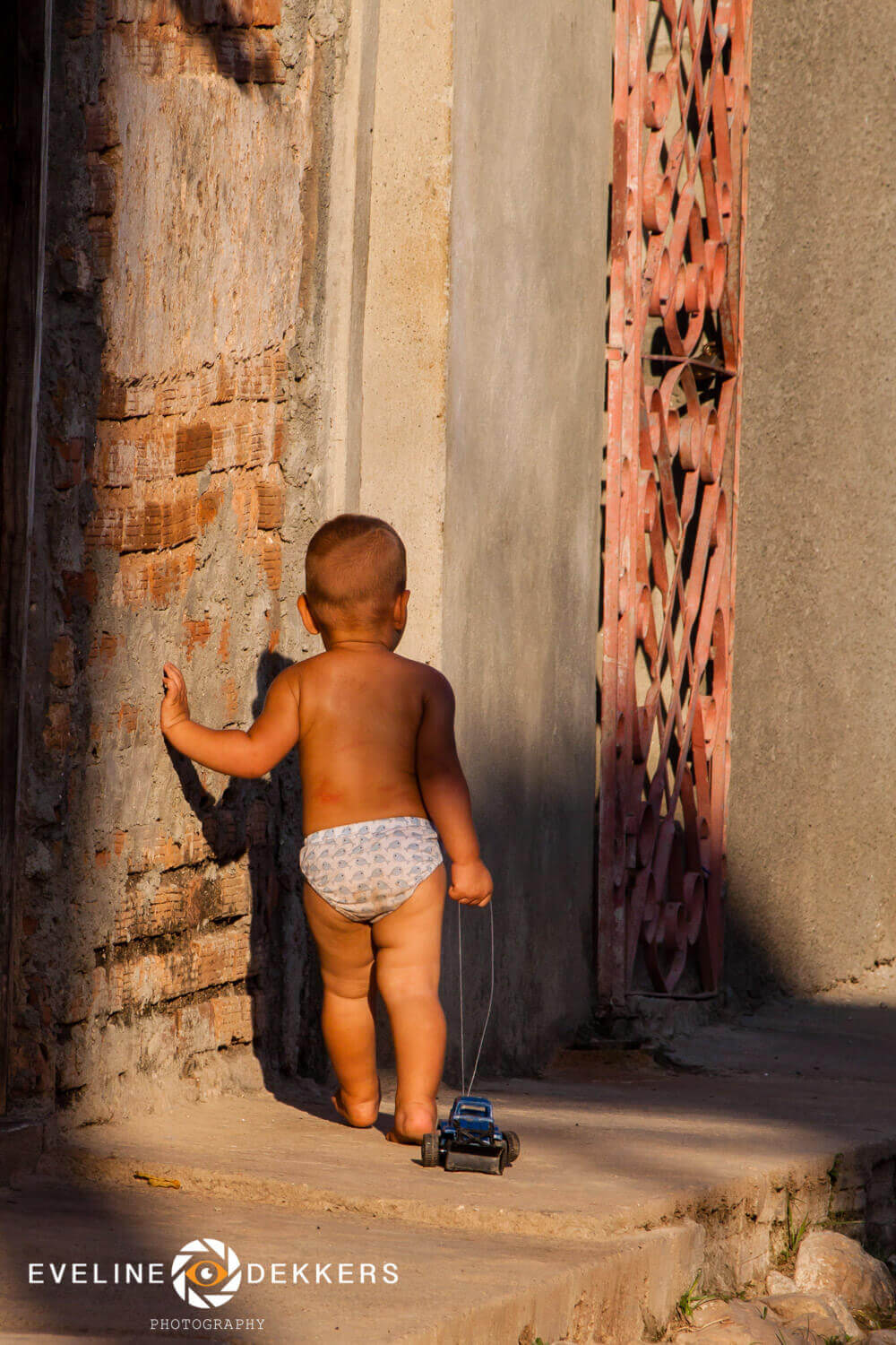 Playing at the streets of Trinidad - Cuba