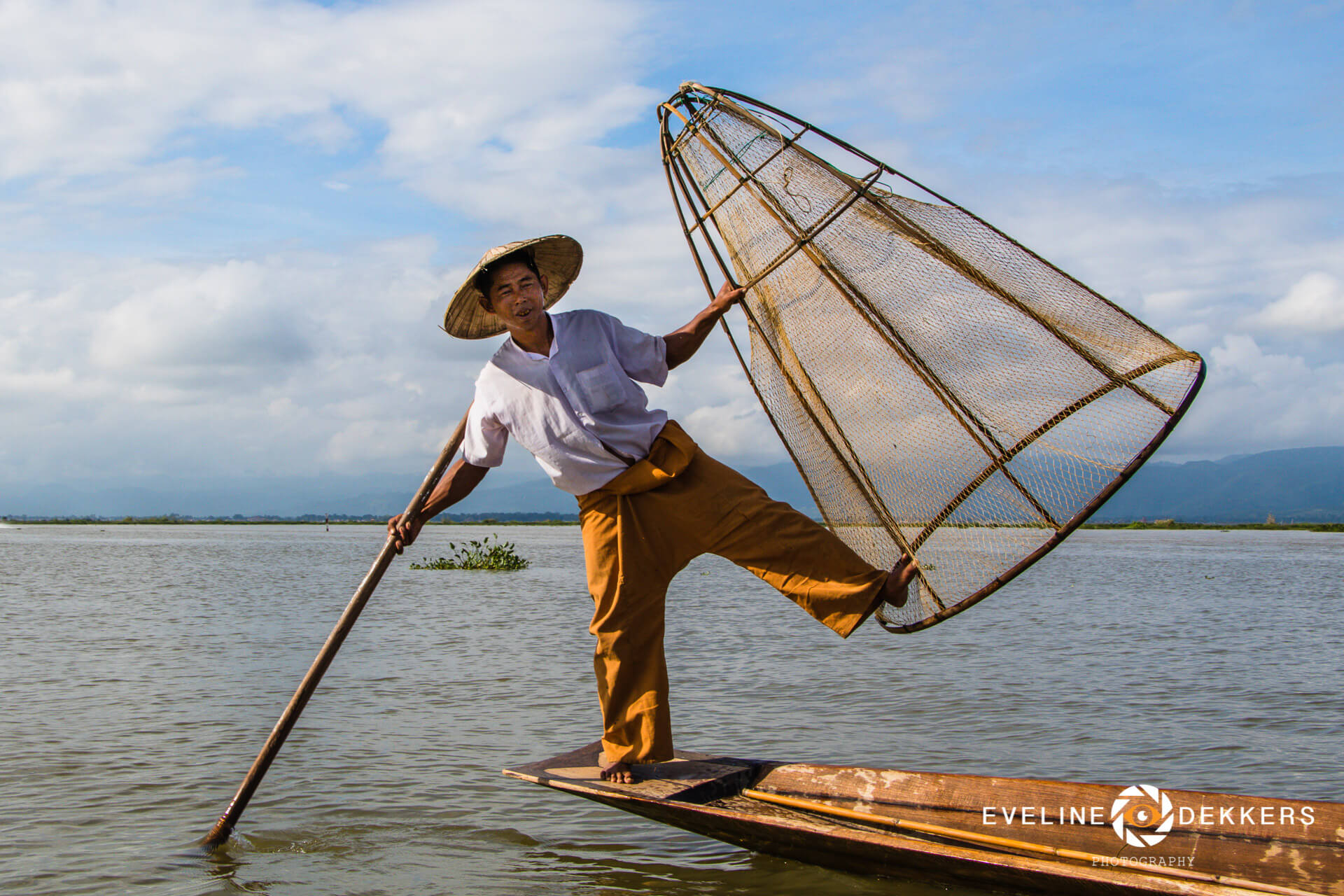 fisherman-inle-lake-myanmar