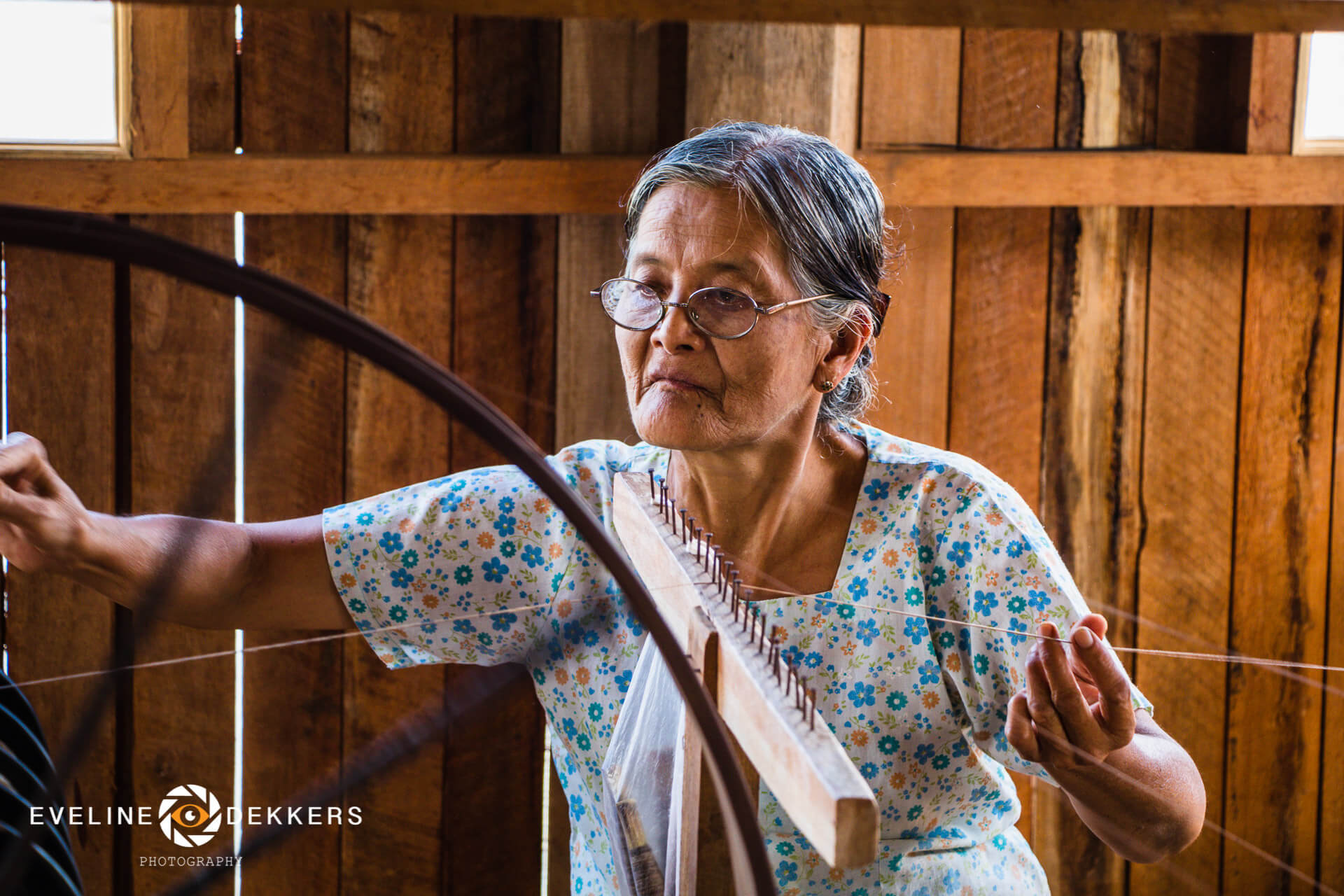 weaving-lotus-myanmar